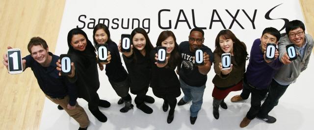 Samsung Galaxy S Series Crosses 100 Million Sales